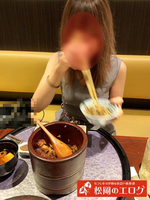 パパ活でかわいい女子大生と食事デート